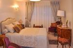 Décoration d'une chambre laissée entièrement aux soins du tapissier