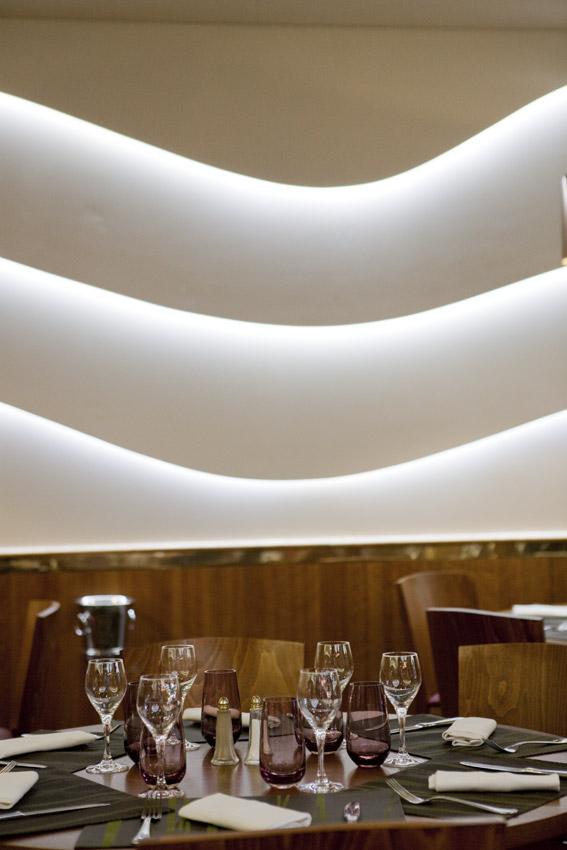 Mur_lumineux_restaurant
