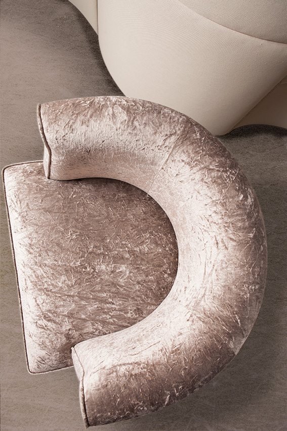 Haguenier Tapisserie D2coration Réfection d'un fauteuil rose 3
