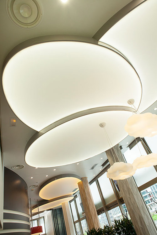 p tale de plafond lumineux led. Black Bedroom Furniture Sets. Home Design Ideas
