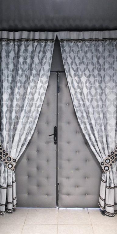 rideaux épais gris